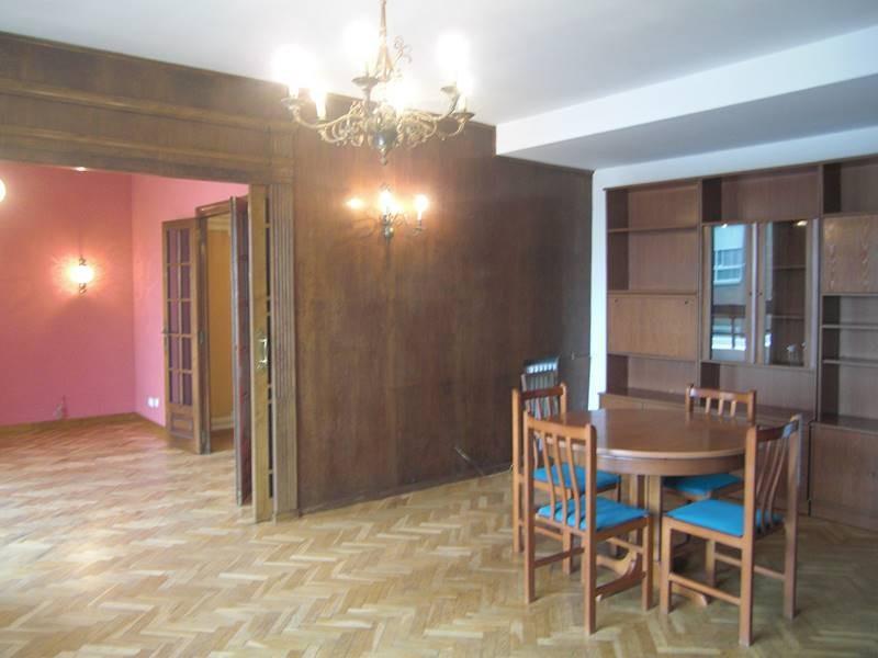 Alquiler piso junto a Plaza España Valencia