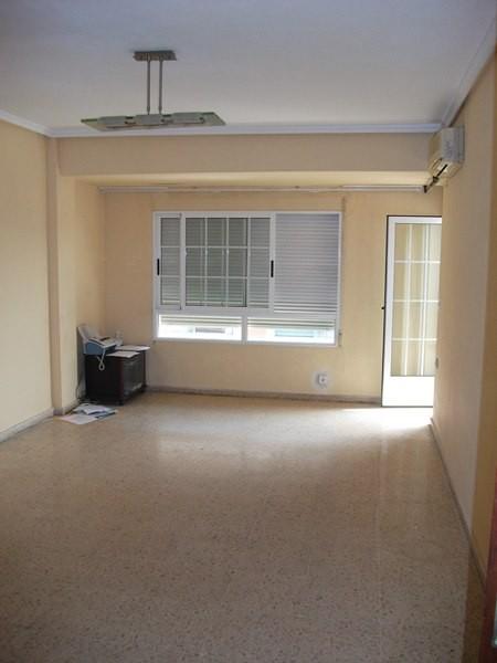 Alquiler piso vacío 4 habitaciones en Patraix Valencia