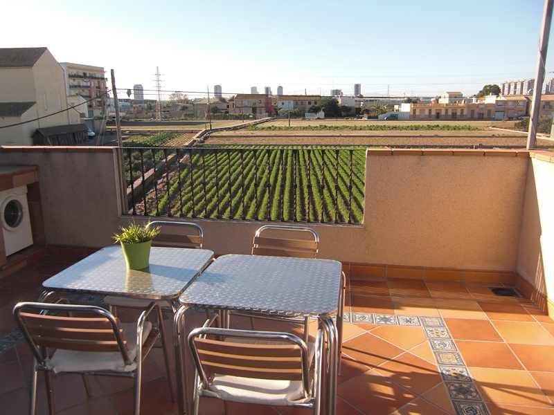 Inmobiliarias en valencia a12inmobiliarias alquileres de for Alquiler piso terraza valencia