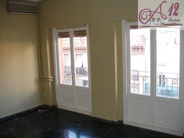 Alquiler piso 5 habitaciones en Ruzafa Valencia