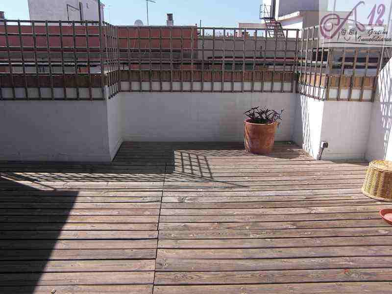 Precioso ático con zonas comunes en Valencia