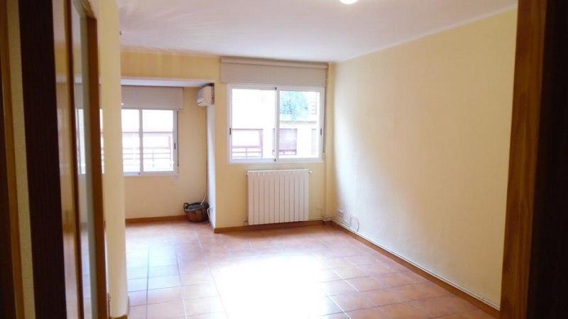 Alquiler piso reformado en calle Jesus Valencia