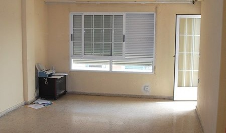 Venta piso vacío 4 habitaciones en Patraix Valencia