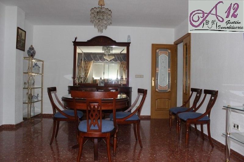 Alquiler piso amueblado en General Barroso Valencia