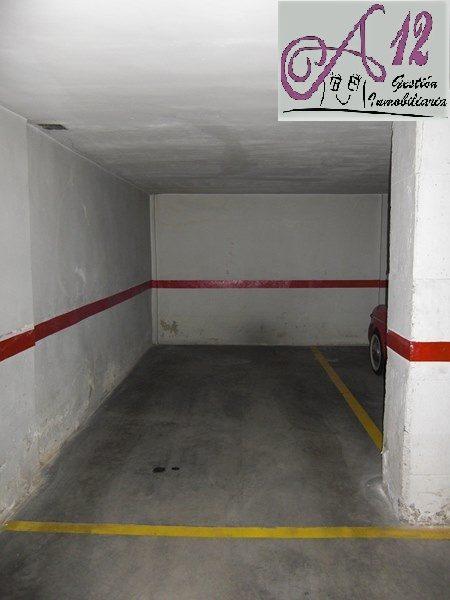 Alquiler parking para moto en Patraix Valencia