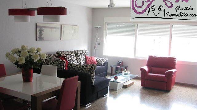 Alquiler piso con parking en Malilla Valencia