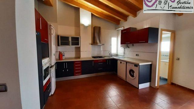 Alquiler piso vacio en Ciutat Vella Valencia
