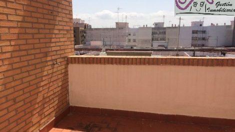 Alquiler ático amueblado en Jesus Valencia